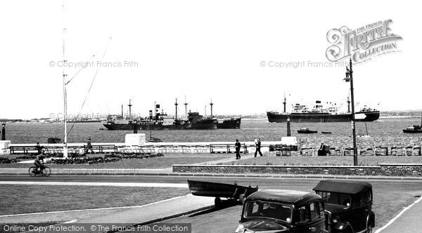 Erith, the Thames c1950