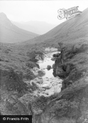 Eskdale Green, The Valley From Bow Fell 1932