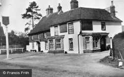 Etchinghill, The New Inn c.1960