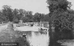 Eton, Boats At The Lock 1909