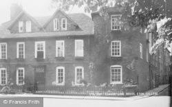 Eton, Common Lane House c.1955