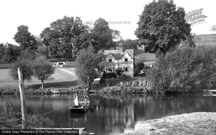Photo of Evesham, Hampton Ferry 1895
