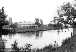 River And Boathouse 1910, Evesham