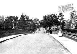 The Bridge 1910, Evesham