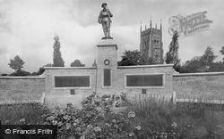 Evesham, War Memorial 1922