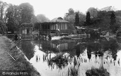 Ewell, Castle, The Lake 1925