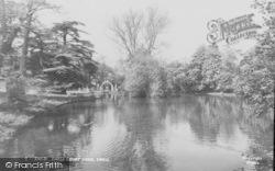 Ewell, Ewell Court Pond c.1960