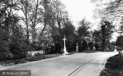 Ewell, Nonsuch Park Entrance 1925