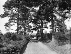 Ewhurst, Pitch Hill, Road To Peaslake 1927