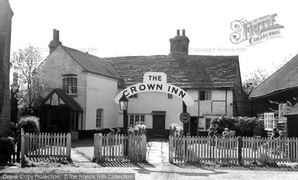 Photo of Ewhurst, the Crown Inn c1955