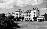 Exmouth, the Imperial Hotel c1960