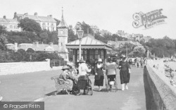 Exmouth, The Promenade, Ladies 1922