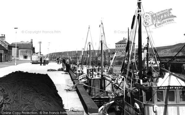 Photo of Eyemouth, Fishing Boats At The Quayside c.1960