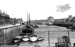 The Harbour c.1960, Eyemouth