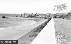 The Sands c.1955, Eyemouth