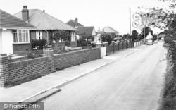 Eythorne, Monkton Court Lane c.1955