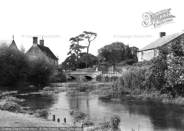 Fairford, River Coln c1940