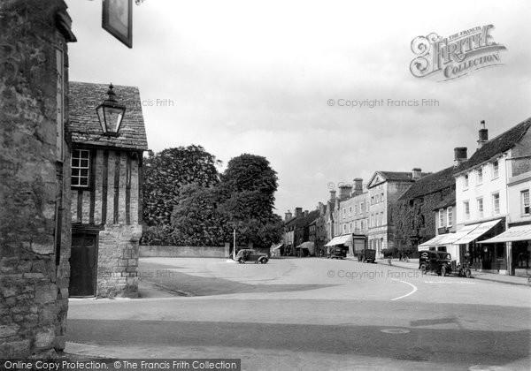 Fairford, the Square c1945