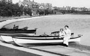 Fairhaven, Women By The Lake 1913