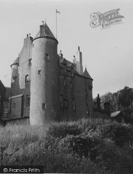 Fairlie, Kelburn Castle 1951