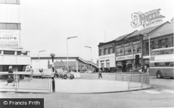 Falkirk, The Shopping Centre And Footbridge c.1965