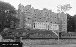 Falmouth, Bay Hotel 1955