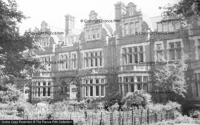 Photo of Far Headingley, Moorland School c.1965