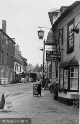 Faringdon, Bell Hotel And London Street c.1960