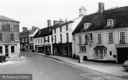 Faringdon, London Street c.1965