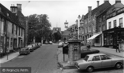 Faringdon, Market Place And Church c.1965
