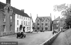 Faringdon, The Salutation Hotel c.1950