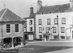 Faringdon, Town Hall And Crown Hotel c.1955