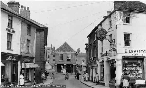 Photo of Faringdon, Town Hall c.1960