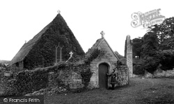 Farleigh Hungerford, The Castle 1907