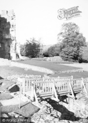 Farleigh Hungerford, The Castle, The Lady Tower c.1955