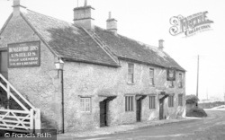 Farleigh Hungerford, The Hungerford Arms c.1960
