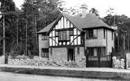 Farnborough, Byways (Mr Drew's House)1923