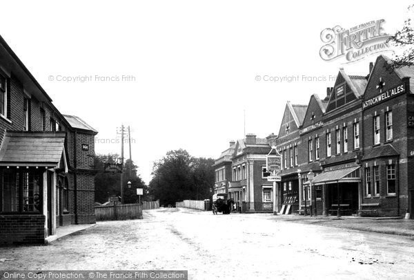 Farnborough, Farnborough Road 1903.  (Neg. 49322)  © Copyright The Francis Frith Collection 2007. http://www.francisfrith.com