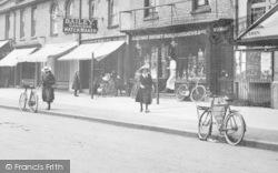 Farnborough, Lynchford Road, Shops 1913