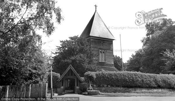 Farnborough, the Parish Church c1955.  (Neg. F9048)  © Copyright The Francis Frith Collection 2007. http://www.francisfrith.com