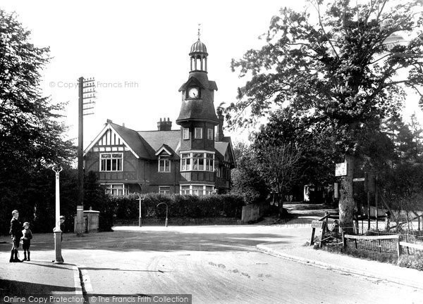 Farnborough, The Clock House 1921.  (Neg. 70031)  © Copyright The Francis Frith Collection 2007. http://www.francisfrith.com