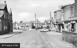 Farndon, High Street c.1960