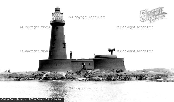 Photo of Farne Island, Longstone Lighthouse c1933, ref. F152002