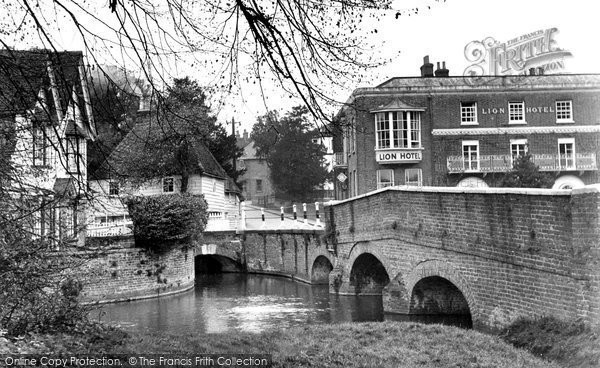 Photo of Farningham, the Bridge and Lion Hotel c1955, ref. F154005