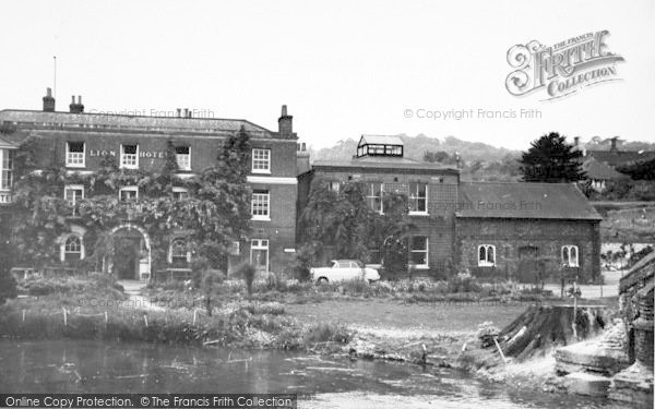 Photo of Farningham, The River And Lion Hotel c.1955