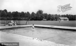 Faversham, Paddling Pool, Recreation Ground c.1960