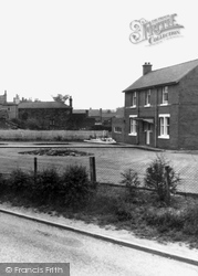 Cutsyke Road, North Featherstone c.1960, Featherstone