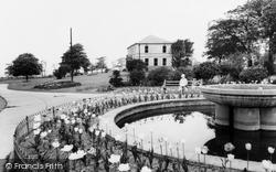 Purston Park, The Fountain c.1965, Featherstone