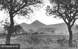 The Muck Stacks c.1950, Featherstone
