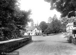 1925, Felbridge
